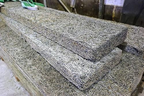 Фибролитовые плиты: описание, плюсы и минусы применения материала в строительстве