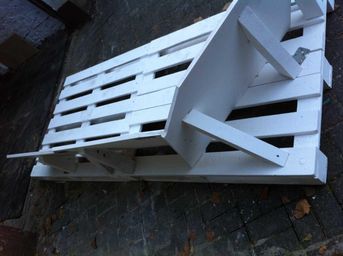 pallet-sofa-core-structure-rear-1