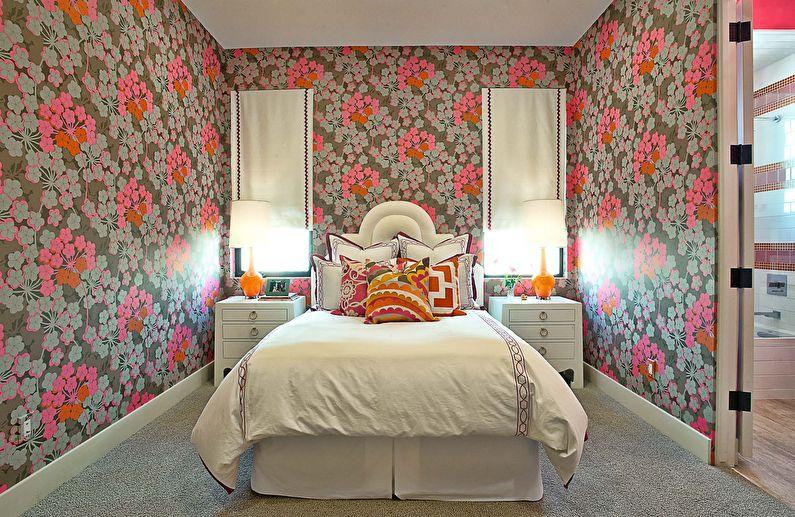 Цветочные обои для спальни в стиле прованс