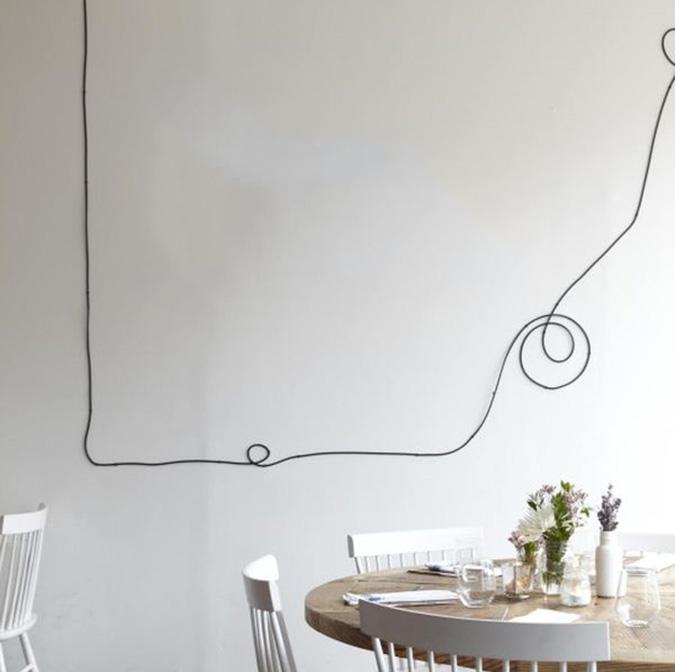 Фото 20 Как спрятать провода от телевизора на стене? Секреты, дизайнерские идеи и лайфхаки
