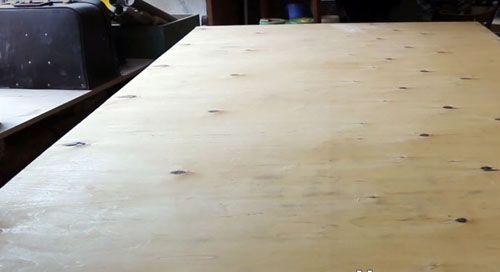 Как сделать своими руками стол из эпоксидной смолы: мастер-класс и креативные варианты оформления