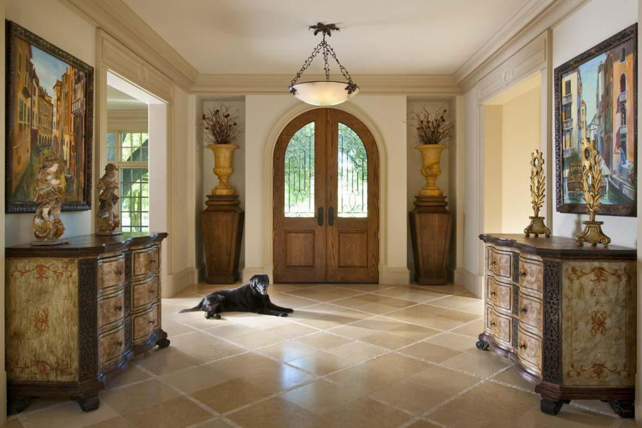 big-home-with-country-traditional-hallway-decoration