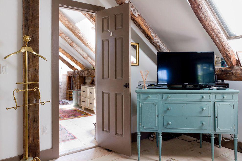 Фото 14 Как спрятать провода от телевизора на стене? Секреты, дизайнерские идеи и лайфхаки