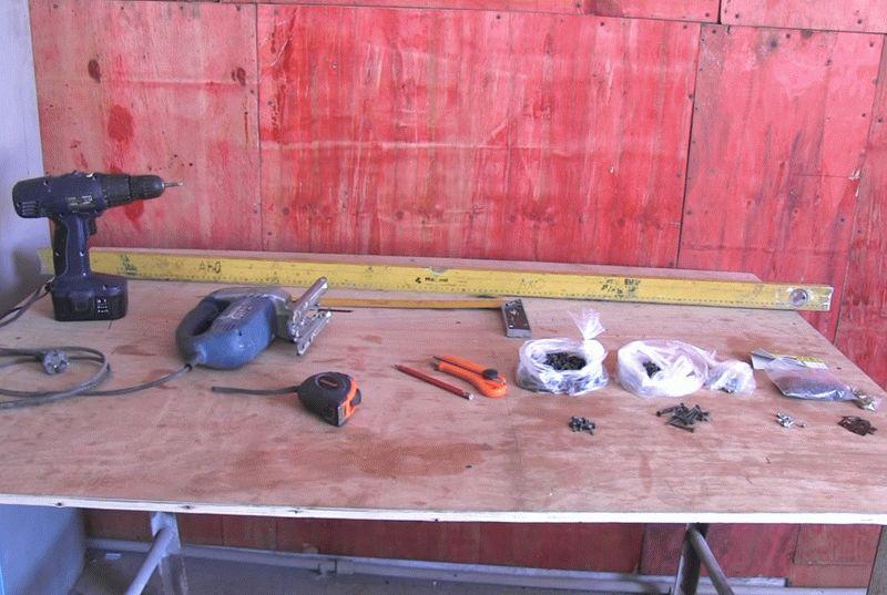 Инструменты и крепежные элементы для монтажа пластиковой вагонки