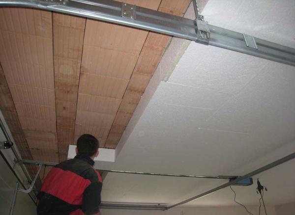 Утепление деревянного потолка пенополистиролом собственноручно