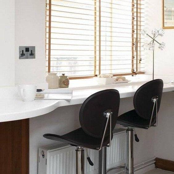 Подоконник-столешница на кухне — 50 фото-идей: