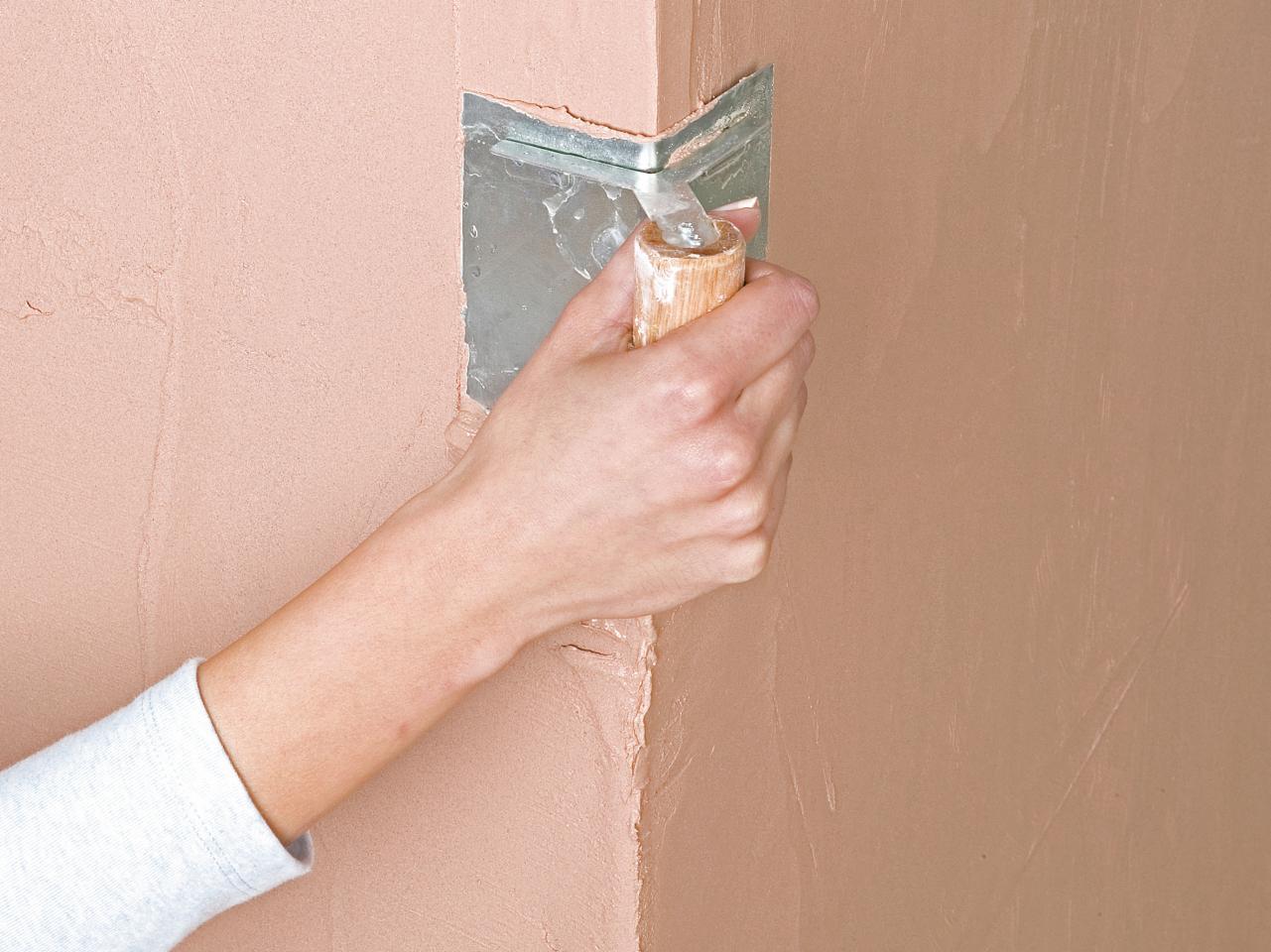 Шпаклевка стен под покраску: основные этапы и нюансы в работе
