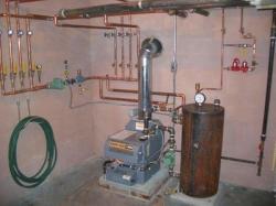 Простой выход из сложной ситуации: как сделать отопление из водонагревателя своими руками?