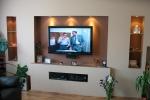 телевизор в нише из гипсовых листов