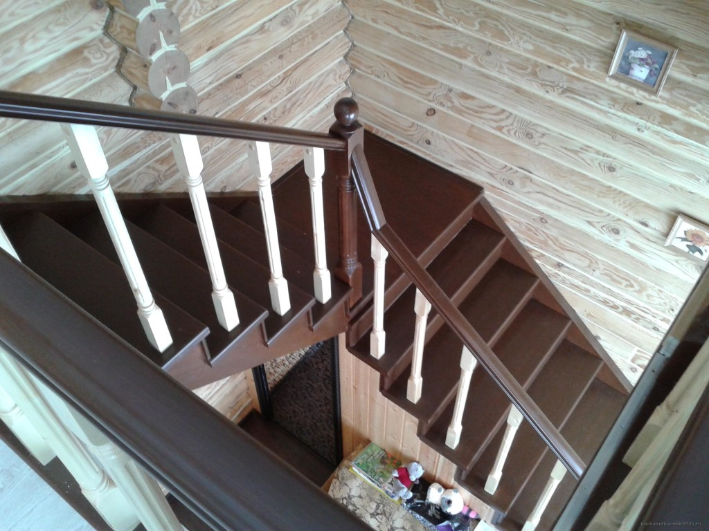 двухмаршевая лестница