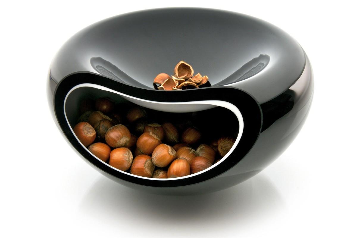 Кухня в цветах: черный, серый, светло-серый, коричневый. Кухня в стиле экологический стиль.