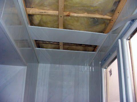 Подшить панели к деревянной обрешетке - задача более чем несложная.