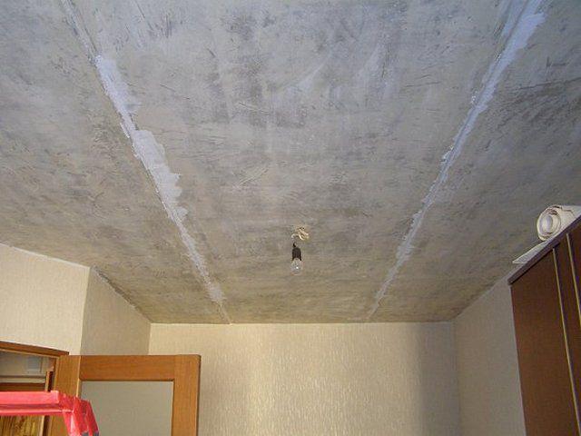 Как заделать швы между панелями на потолке