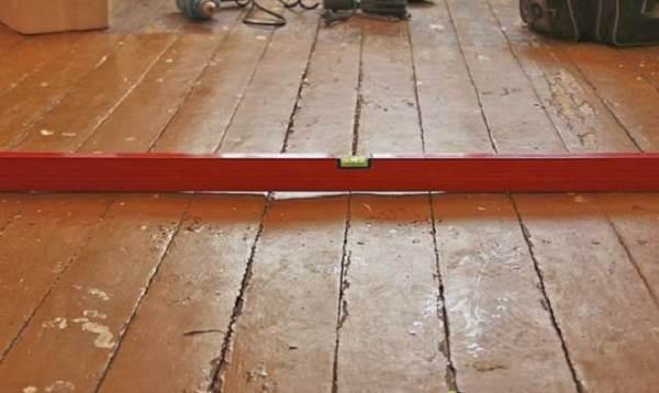 Ремонт чистового напольного покрытия