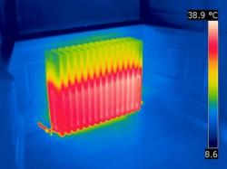 Почему на кухне жарко, а в спальне – мороз? Регулировка батарей отопления в квартире