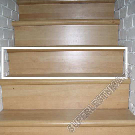 Подступенок из бука стоимостью 1 314 р. также можно приобрести у нас и обшить свою лестницу