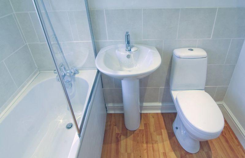 foto-4-vanna-tualet-sovmeshhennye