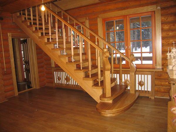 Какие материалы использовать и как сделать лестницу на мансарду