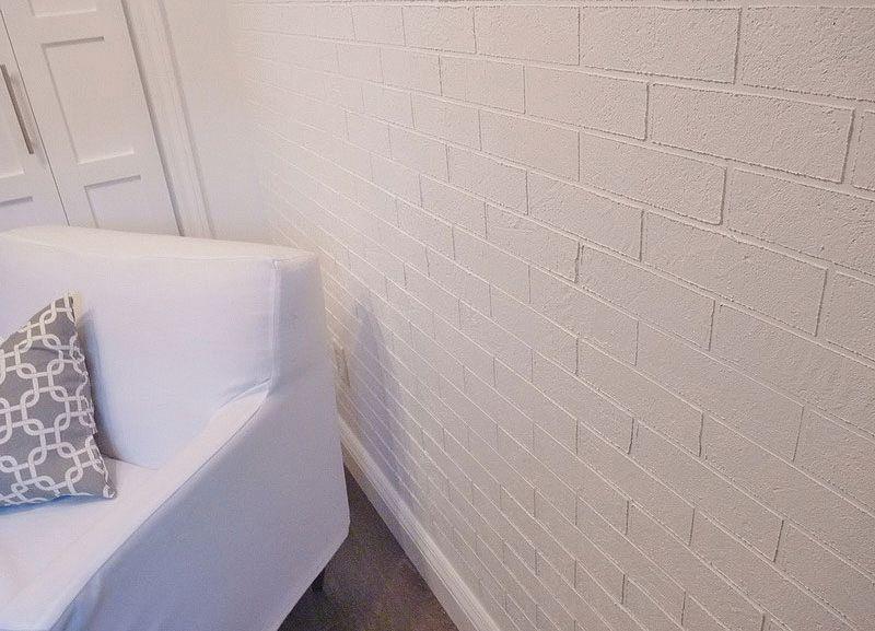 Стена под кирпич из шпатлевки
