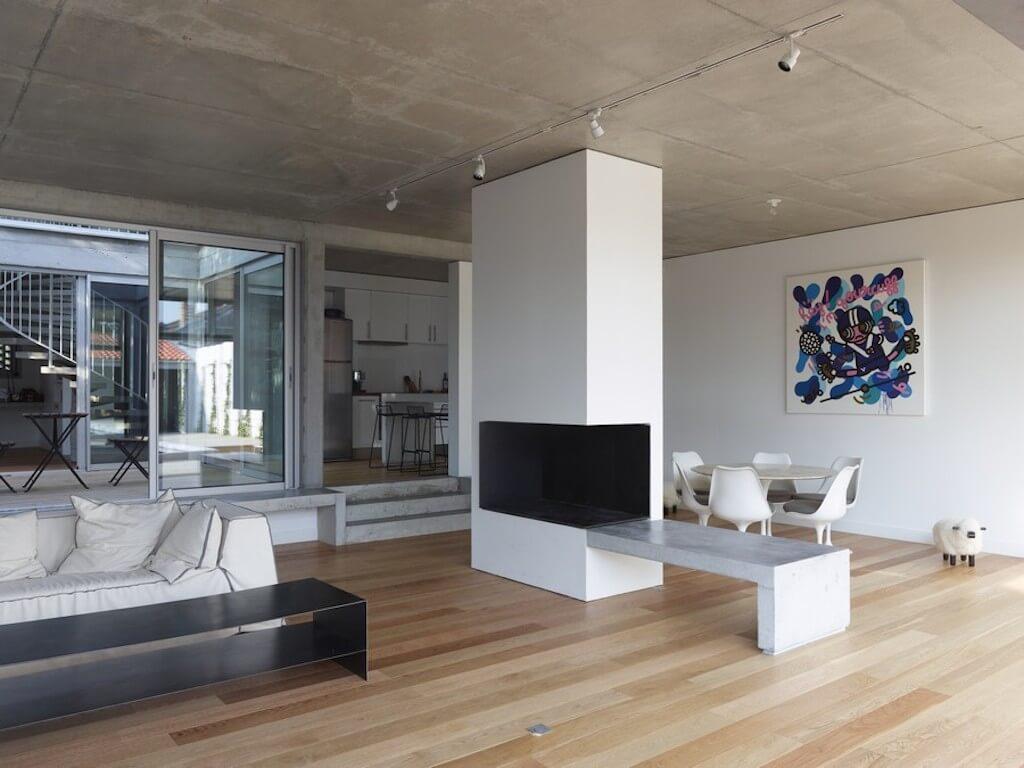 50 фото идей бетонного потолка в интерьере: