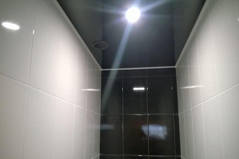 Дизайн маленького туалета - Отделка потолка