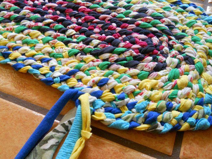 Такие коврики плели наши бабушки и прабабушки