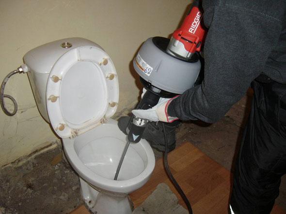 устранить запах каналиации
