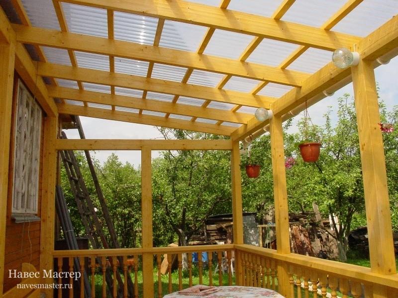Дерево - экологически чистый натуральный материал, который обладает приятным запахом
