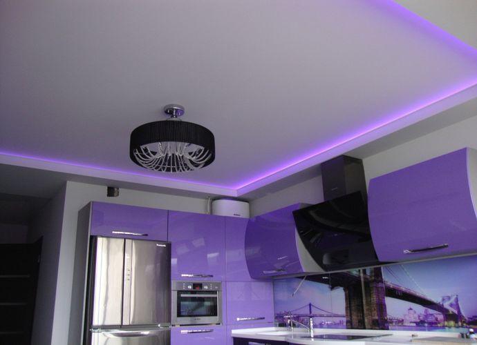 Как сделать подсветку натяжного потолка светодиодной лентой