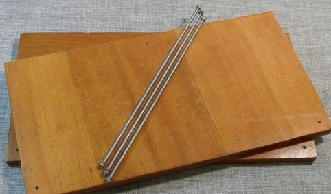 Шпильки и материал для полок