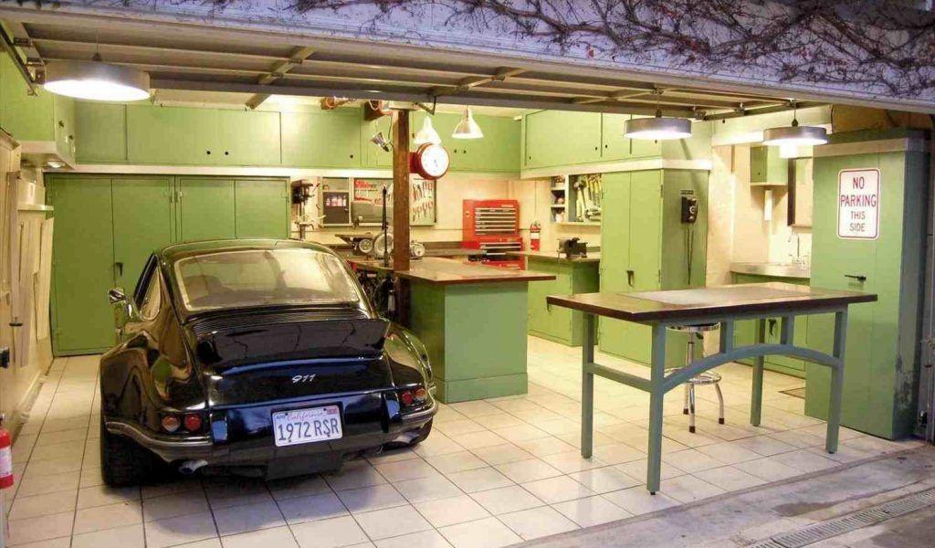 чем обшить гараж изнутри недорого