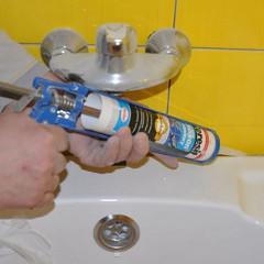 Качественная герметизация шва в ванной герметиком