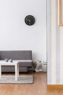 Комбинирование обоев в зале (90 фото): простые идеи оформления стен