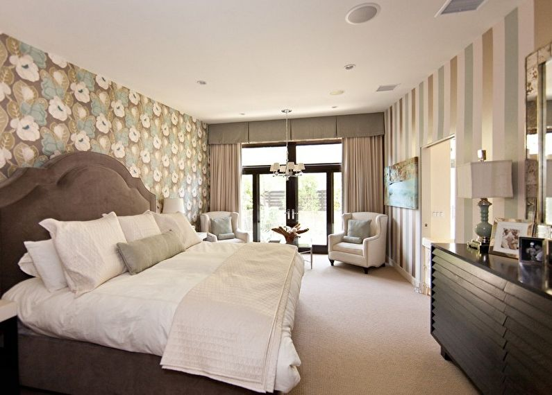 Комбинирование обоев в спальне - Обои-компаньоны