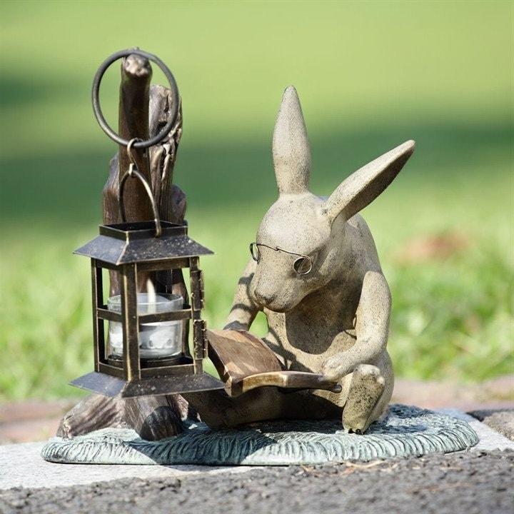 фигурка кролика для сада