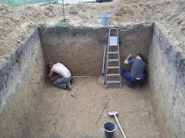 Подготовка к строительству теплицы-термоса Анатолия Патия
