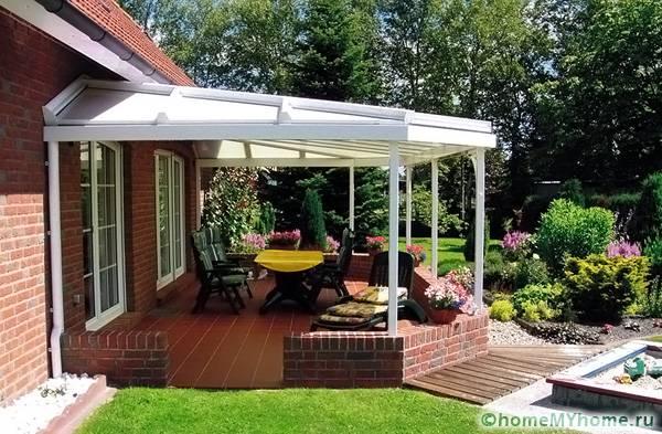 Стильное и прочное покрытие повышает комфортные условия использования конструкции