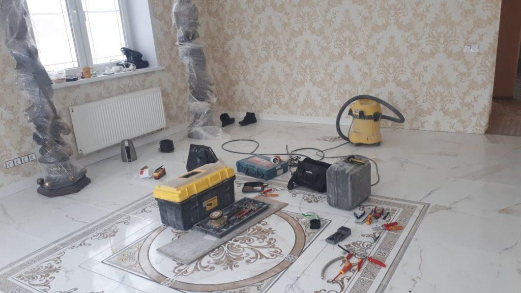 строительный инструмент при ремонте