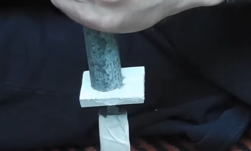защищаем лезвие ножа от повреждения