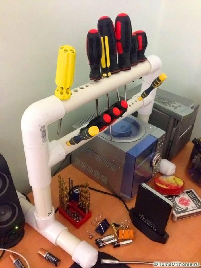Интересная стойка для хранения отверток из ПВХ-трубы