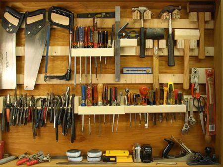 Самодельный щит для инструментов