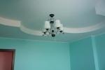 фигурный потолок в зале