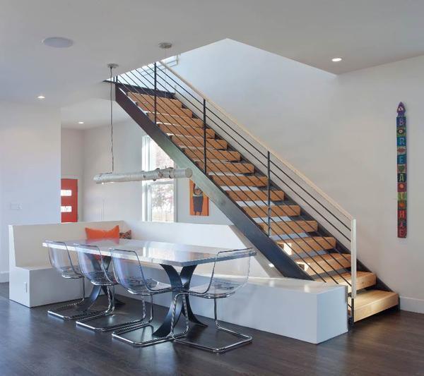 Деревянная лестница на мансарду: устройство и чертежи своими руками