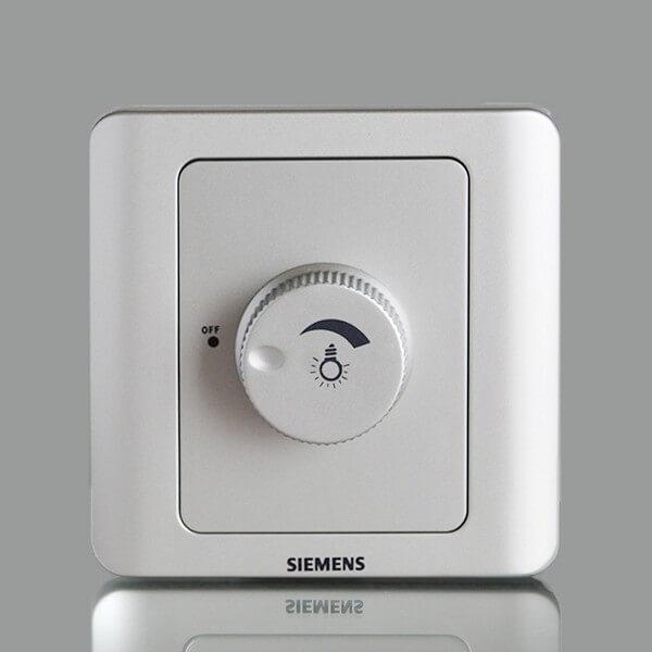 Фото светорегулятора компании Siemens