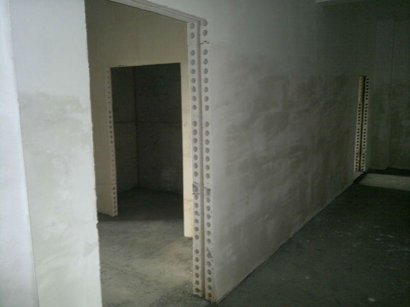 Использование пустотелых плит для монтажа внутренних стенок